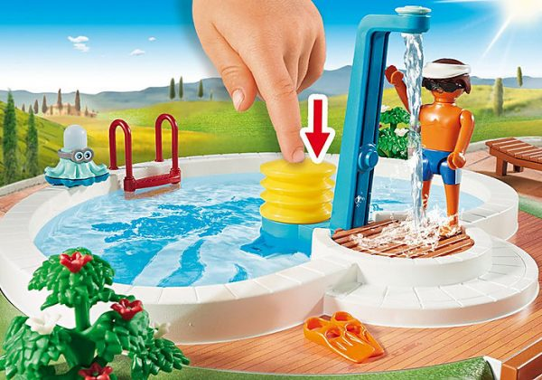 Playmobil Family Fun 9422 Swimming Pool - image 9422_Swimming-Pool_2-600x420 on https://pop.toys